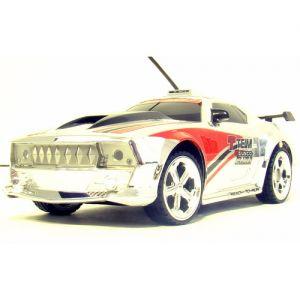 Радиоуправляемая Chevrolet Camaro (1:32, 16 см)