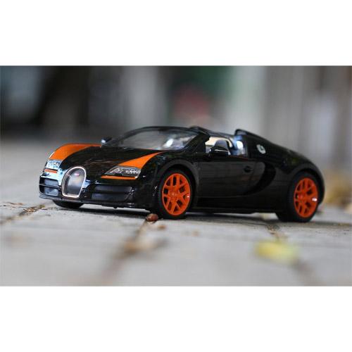 Радиоуправляемая Bugatti Veyron Grand Sport Vitesse кабриолет (1:14, 32 см)