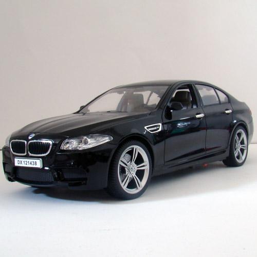 Машина 1:14 BMW M5 F10 (33 см)