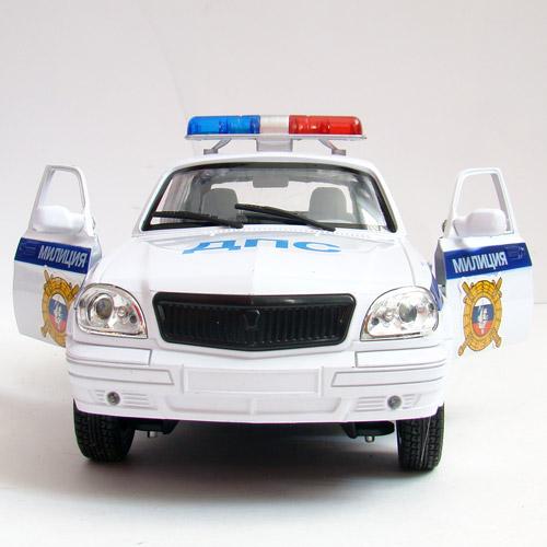 Машина 1:16 Волга ГАЗ-3110 - Фотография