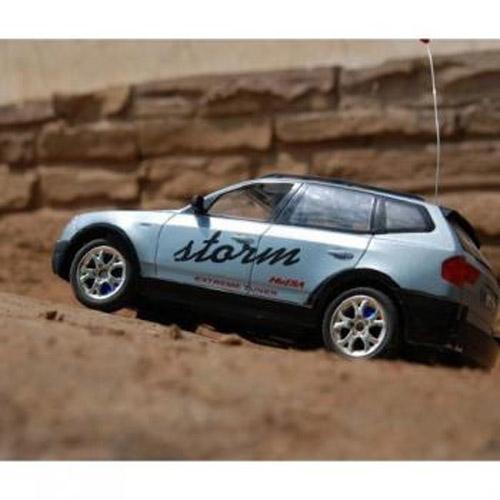 Машина 1:18 BMW X5 - Фотография