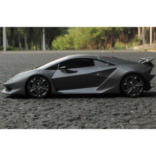 Небольшая Радиоуправляемая Lamborghini Sesto Elemento (1:18, 25 см.) - Фотография