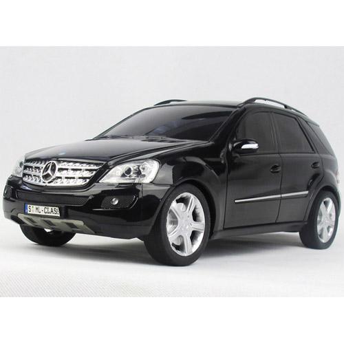 Радиоуправляемый Mercedes-Benz ML (1:18, 26 см.)
