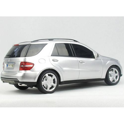 Радиоуправляемый Mercedes-Benz ML (1:18, 26 см.) - В интернет-магазине