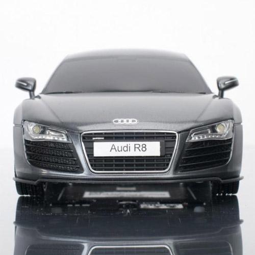 Машина 1:20 Audi R8 - Картинка