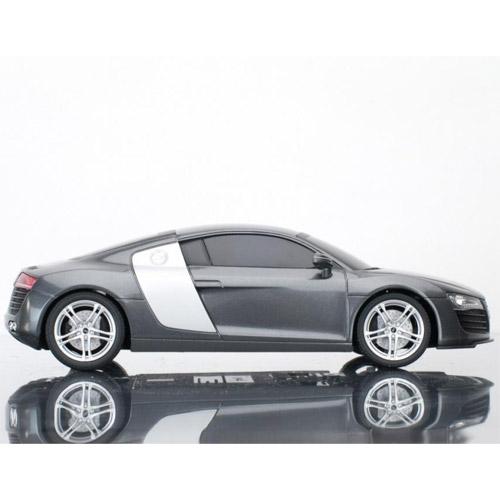 Машина 1:20 Audi R8 - Фото