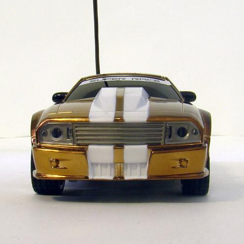 Маленькая радиоуправляемая машинка Ford Mustang (1:32, 16 см)