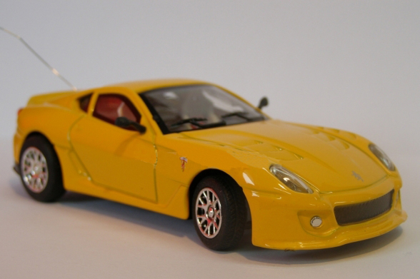 Радиоуправляемая микро Ferrari 599 (1:43, 9 см.) - Фотография