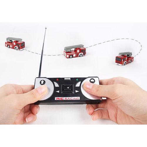 Радиоуправляемая Мини Пожарная машина (1:63, 8 см.) - Изображение