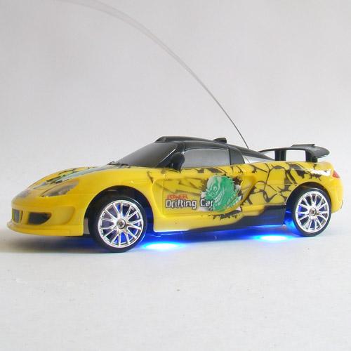 Радиоуправляемая машинка для дрифта Porsche Carrera (1:24, 18 см) - В интернет-магазине