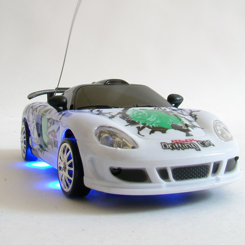 Радиоуправляемая машинка для дрифта Porsche Carrera (1:24, 18 см) - Изображение