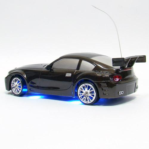 Радиоуправляемая машинка для дрифт BMW Z4 с неоновой подсветкой (1:24, 18 см)