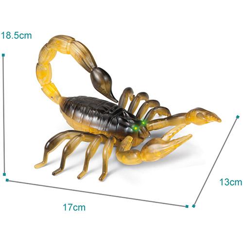 Скорпион на пульте управления (15 см.) - Фото