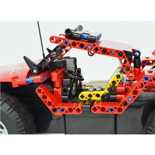 Радиоуправляемый конструктор-внедорожник Jeep (531 деталь)