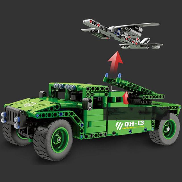 Радиоуправляемый Конструктор Humvee с беспилотником (502 деталей, 30 см.) - Фотография