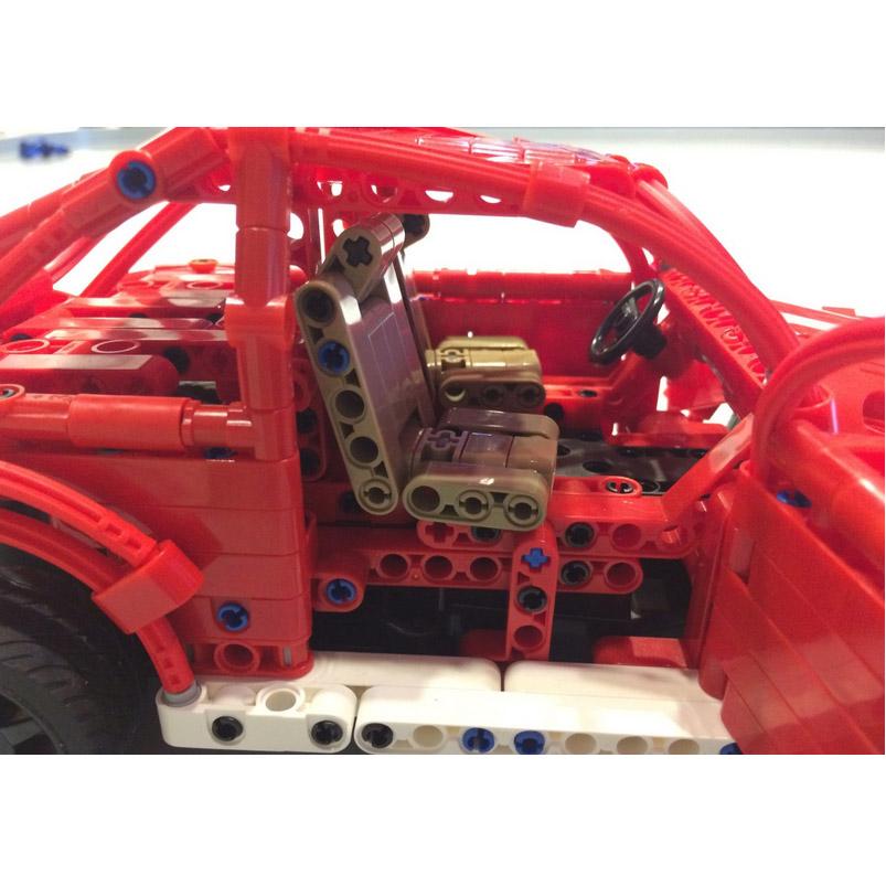 Радиоуправляемый Конструктор Машинка Жук (472 деталь, 30 см.) - Фото