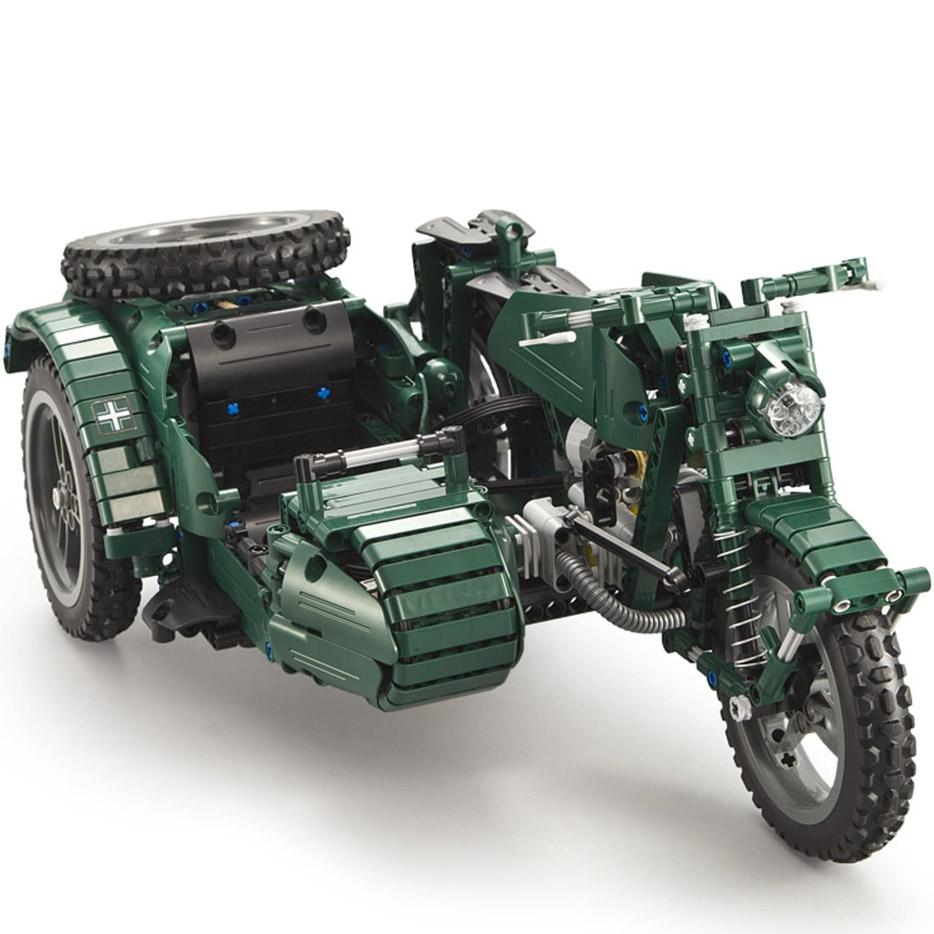 Радиоуправляемы Конструктор Мотоцикл с коляской (629 деталей 36 см.)