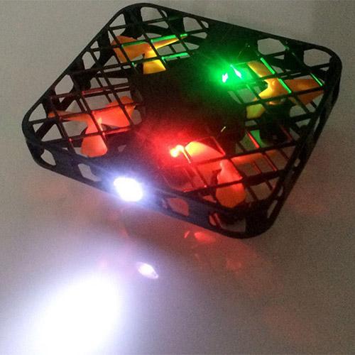 Квадратный мини-квадрокоптер в сетке (2.4Ghz, 8 см) - Фото