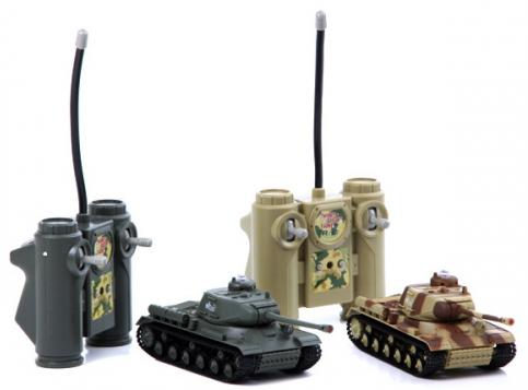 Маленький радиоуправляемый Танковый бой (1:48, 19 см)
