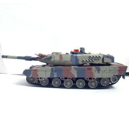 Большой Радиоуправляемый Танковый бой 1:24  Leopard 2A5 vs. Tiger I - Картинка