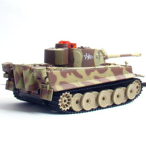 Большой Радиоуправляемый Танковый бой 1:24  Leopard 2A5 vs. Tiger I - Изображение