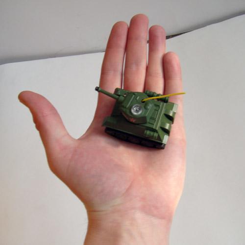 Микро танк для iPhone и Android (6 см.) - Изображение