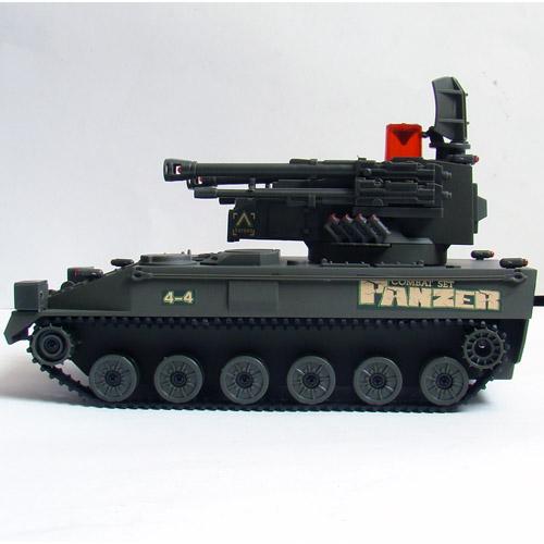 Радиоуправляемый Танковый бой 1:32 Современные танки (2 танка по 22 см) - Изображение