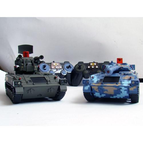 Радиоуправляемый Танковый бой 1:32 Современные танки (2 танка по 22 см) - Фото