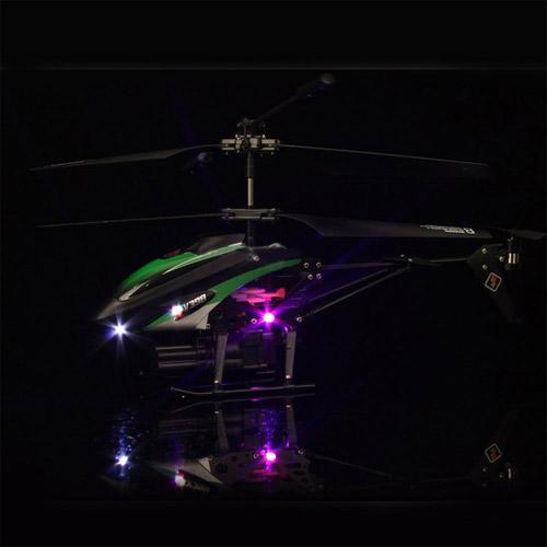 Радиоуправляемый вертолет стреляющий ракетами (21 см) - Фотография